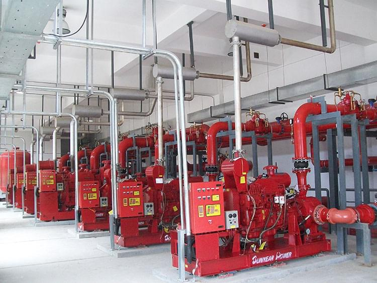 """1规定:""""消防水泵应采用自灌式吸水方式"""