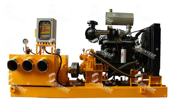 排水抢险车图片