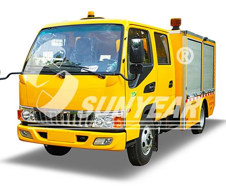 排水抢险车(自行走移动泵车)